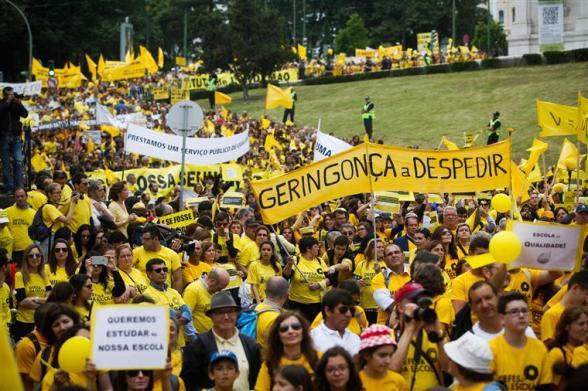 manif-amarela.jpg