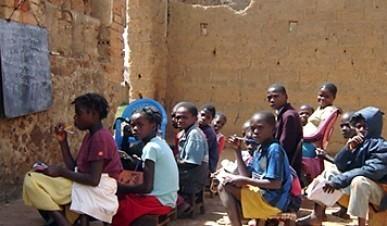escola-angola.jpg